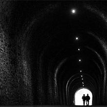 Couple au bout du tunnel